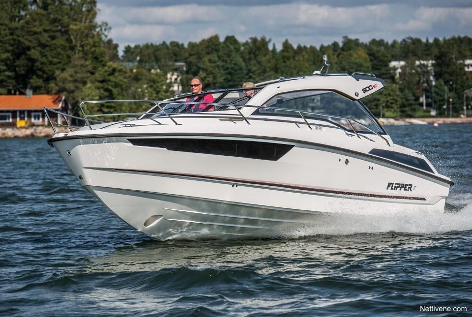 Moottorivene Flipper 900 ST + F300 Pro XS x2
