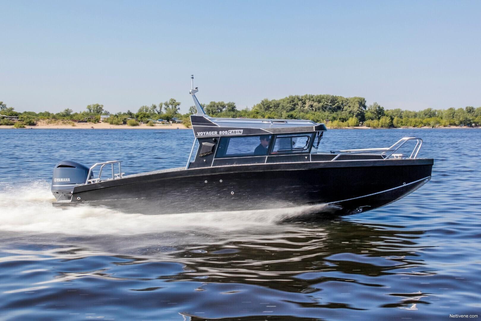 Moottorivene Vboats Voyager 800 Cabin + V300
